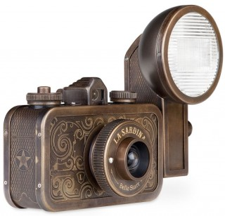 La Sardina Metal Western Edition Cameras &quot;Belle Starr&quot; and &quot;Coyote&quot;