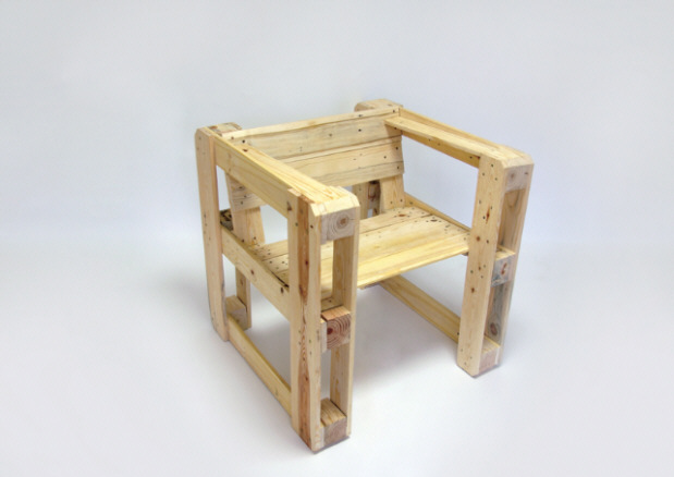 Muebles hechos con palets tecnoartes net for Muebles hechos de palets